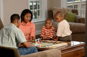 Family_playing_a_board_game
